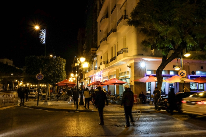 night tunis main road tunisia guide